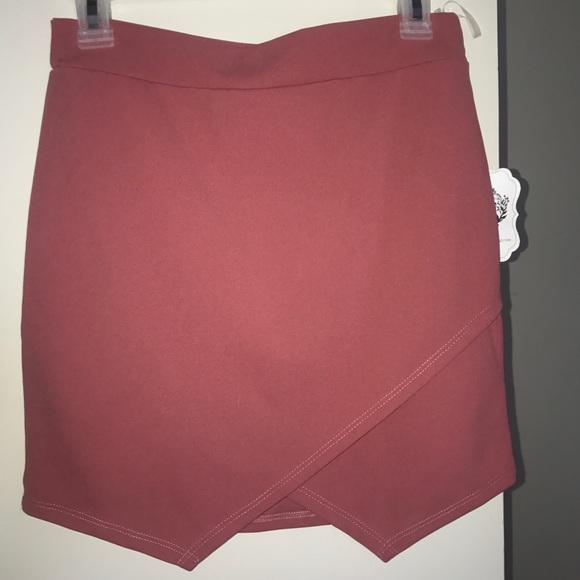 Dresses & Skirts - Cloth skirt